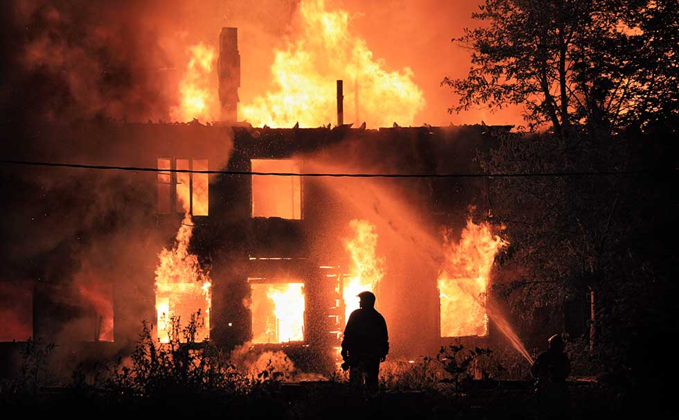 benefits-of-hiring-hatfield-law-for-arson-cases