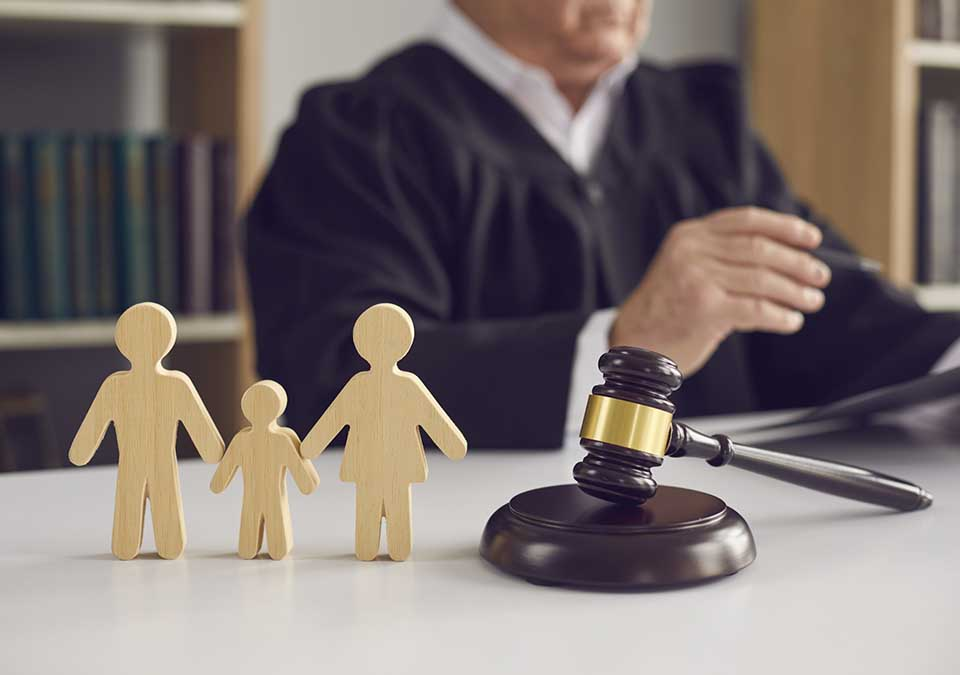 benefits-of-hiring-paternity-attorney